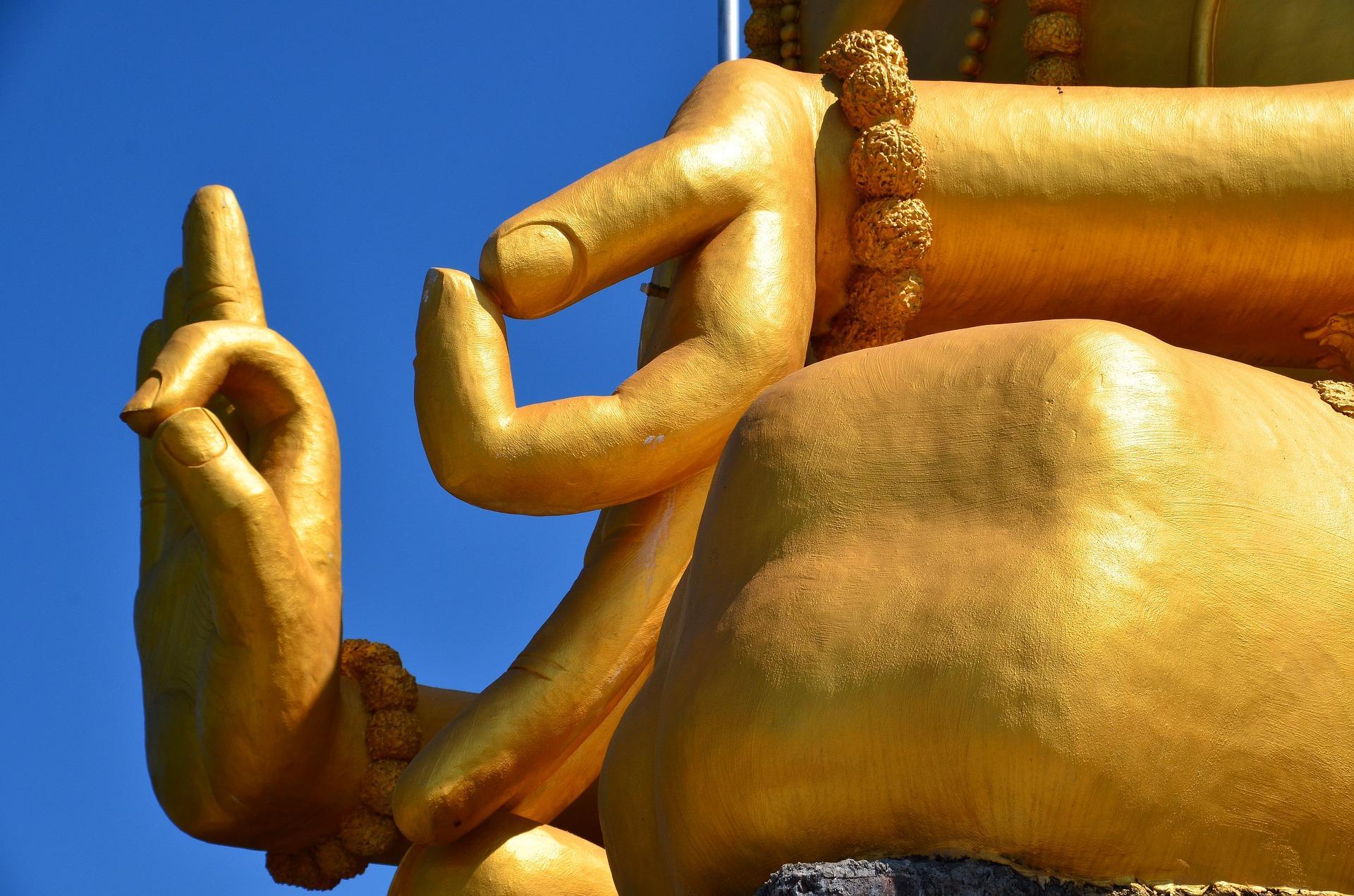 Mudra's, handgebaren van Boeddha en betekenis handen Boeddha