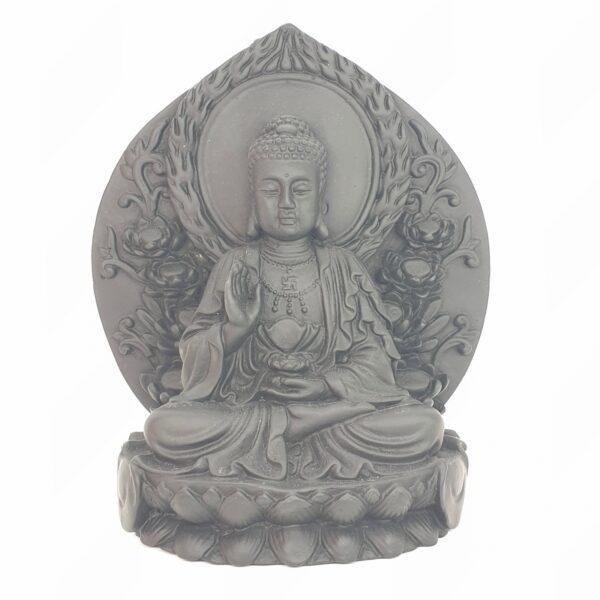 Boeddha zittend op lotus